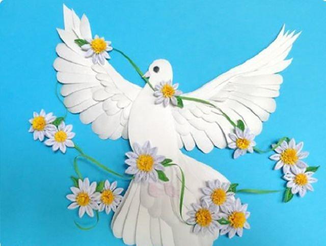 1480282513_podelka-golub-01 Оригинальный сувенир своими руками: как сделать голубя из бумаги. Делаем голубей из бумаги своими руками в разных техниках. Мастер класс из бумаги голубь мира