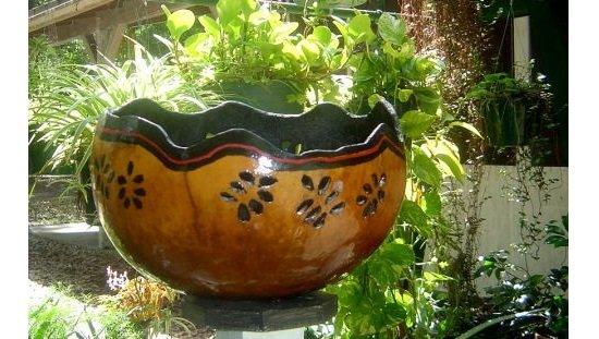 Корзинка из тыквы с цветами