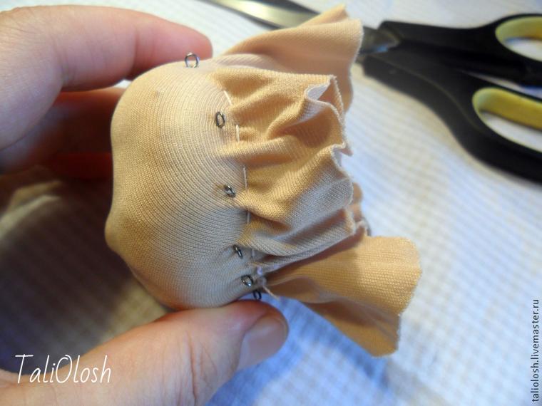 140917213956 Утяжка лица текстильной куклы подробно: мастер класс с видео